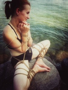 shibari_on_the_rocks_by_shibaridojo-d964jkc